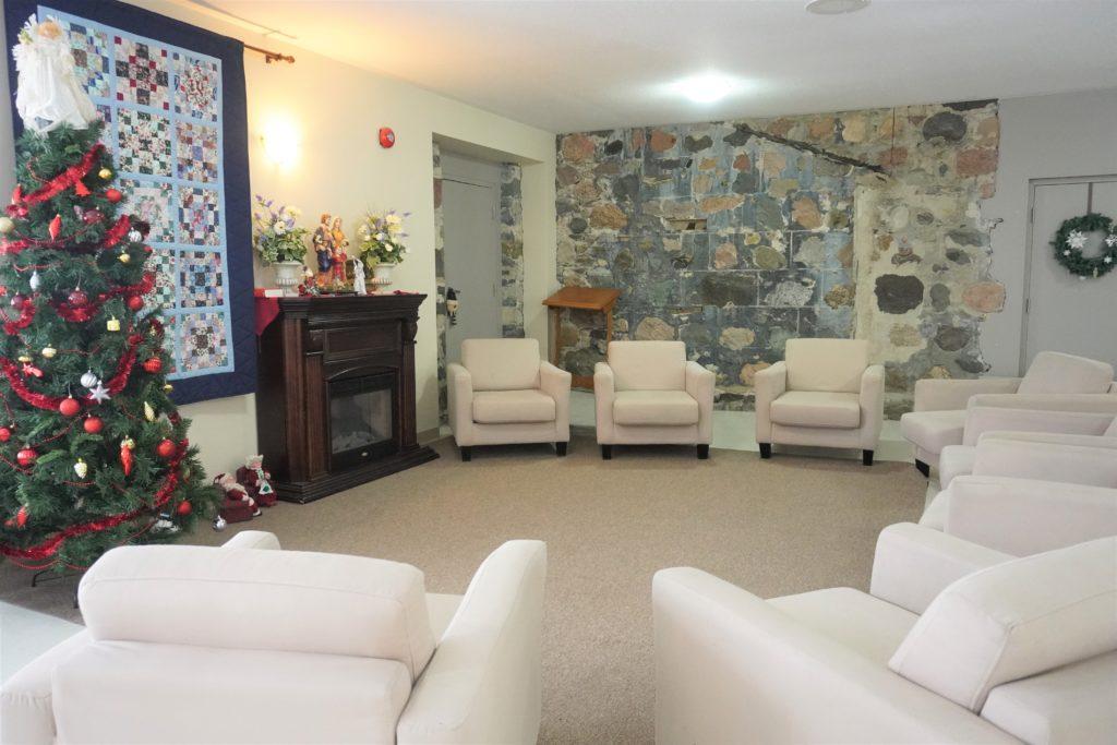 Hall Lounge